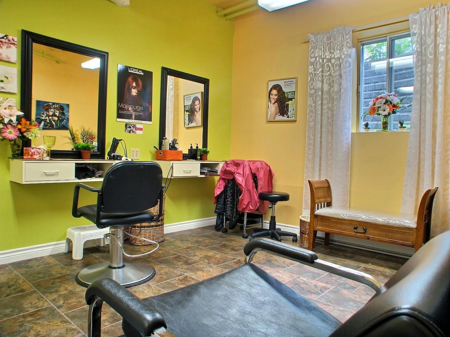 Aires communes r sidence les jardins de montarville milieu de vie alzheimer - Salon de coiffure arcachon ...